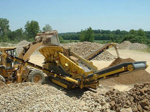 Sand gravel crusher